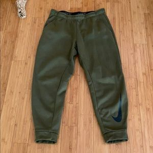 Men's Nike size XL dark olive joggers Dri-fit pant